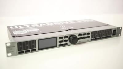 DCX2496 Ultradrive Pro: Lautsprecher-Managementsystem