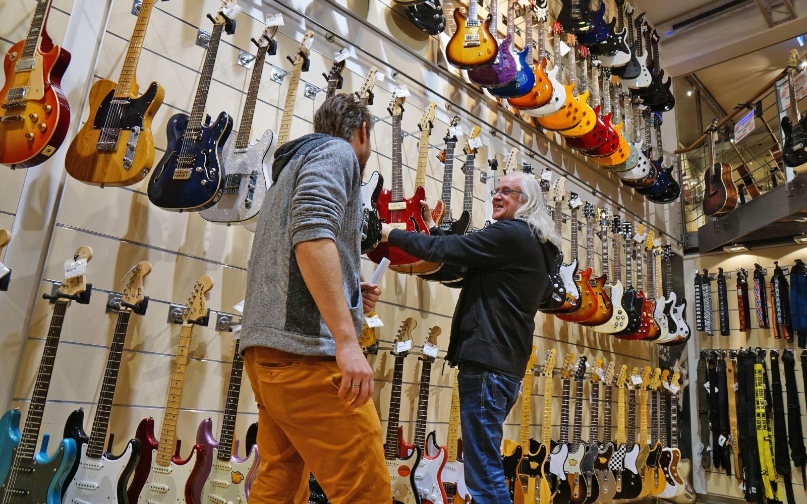 meets thomann guitars